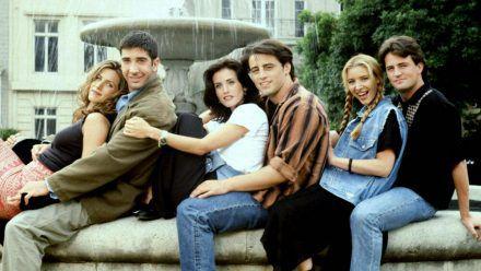 """Das große """"Friends""""-Wiedersehen wird endlich abgedreht. (jru/spot)"""