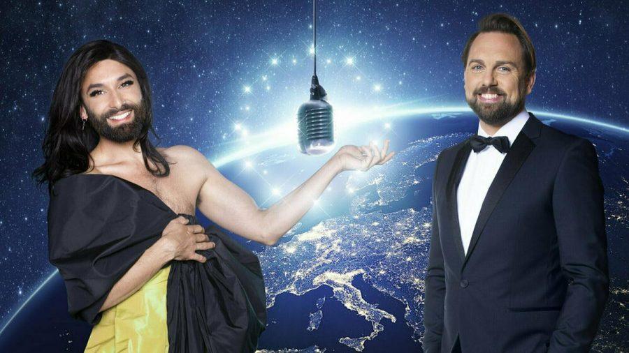 "Conchita Wurst führt mit Steven Gätjen durch den ""Free ESC"". (tae/spot)"