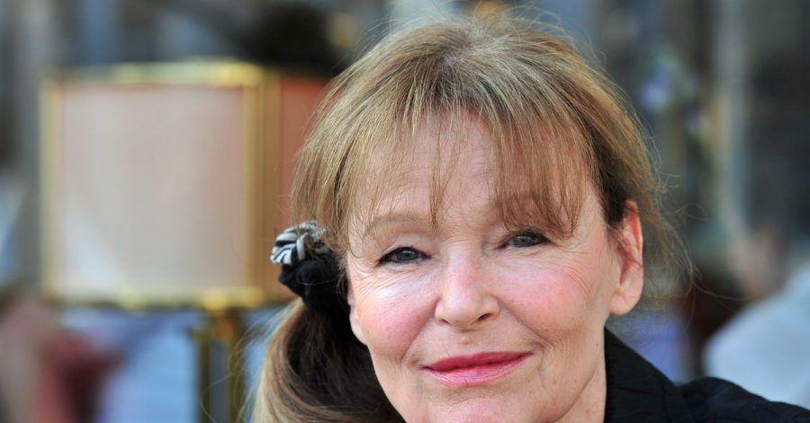 Die Schauspielerin Angelica Domröse besucht feiert ihren 80. Geburtstag.