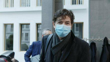 """Christian Drosten erreicht mit dem Podcast """"Das Coronavirus-Update"""" Millionen Menschen. (dr/spot)"""