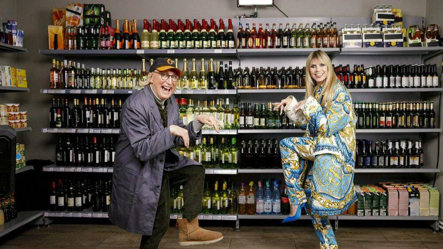 "Otto Waalkes und Heidi Klum bei ""Germany's next Topmodel"" (elm/spot)"
