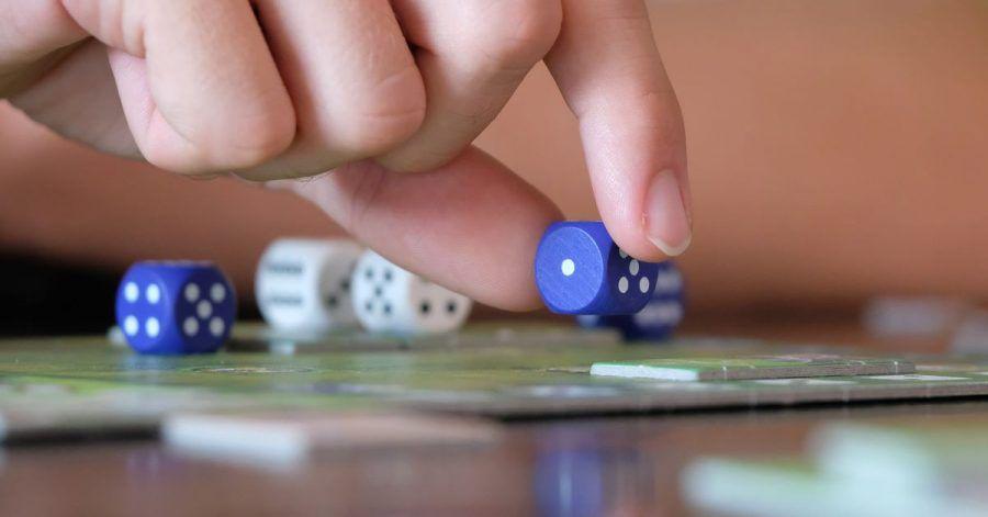 Laut Forschern der Universität Osnabrück können Brettspiele mit Zahlenwürfeln bei Kindern mathematisches Denken fördern.