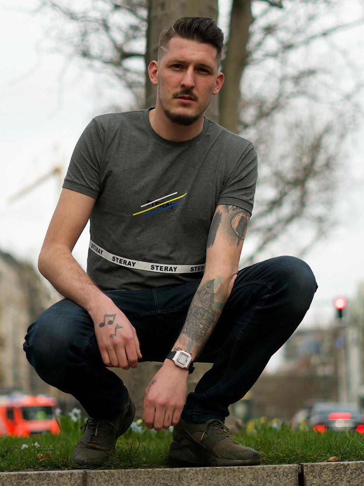 """Ex-Pornodarsteller Jannik Rubeck schießt gegen """"Promis unter Palmen"""""""