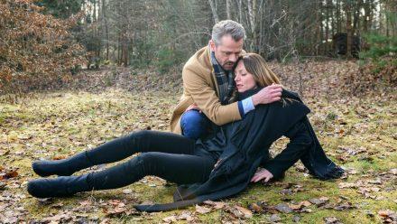 """""""Sturm der Liebe"""": Ariane wird von Erik gerettet. (cg/spot)"""