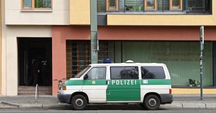 Pflegeeinrichtungen wie das Thusnelda-von-Saldern-Haus in Potsdam werden laut brandenburgischem Gesundheitsministerium grundsätzlich einmal im Jahr im Rahmen einer Regelüberwachung aufgesucht.