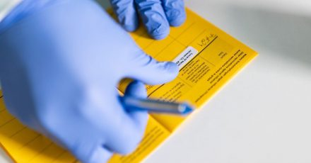 Die Impfkampagne in Deutschland hat angezogen - und auch andere Kennwerte in der Pandemie entwickeln sich positiv.