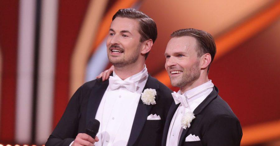 """Nicolas Puschmann (l) und Profitänzer Vadim Garbuzov müssen die RTL-Tanzshow """"Let's Dance"""" verlassen."""