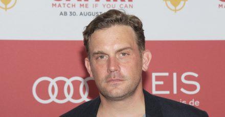 Der Schauspieler Sebastian Bezzel wird 50.