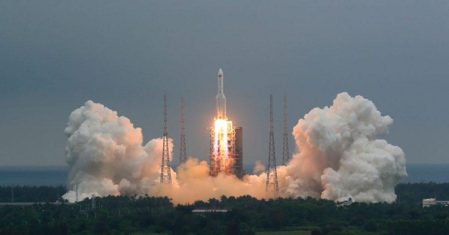 Die Rakete vom Typ «Langer Marsch 5B» hatte am 29. April das 22 Tonnen schwere Modul «Tianhe» (Himmlische Harmonie) ins All gebracht, das den Hauptteil der chinesischen Raumstation bilden soll.