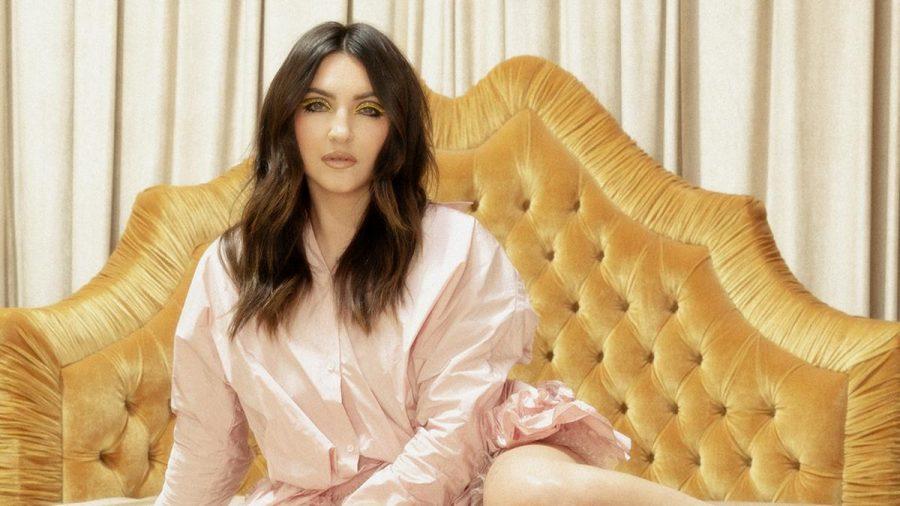 """Feminismus ist für Julia Michaels ein wichtiges Thema. """"Auf zehn Stühle für Männer kommt nur einer für Frauen"""", sagt die Sängerin. (tae/spot)"""