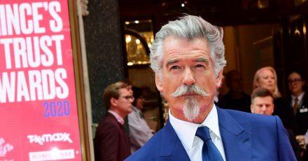 Der ehemalige James-Bond-Star Pierce Brosnan ist auch mit 68 gut im Geschäft.