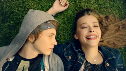 """Alles Isy"": Der 16-jährige Jonas (Michelangelo Fortuzzi) ist in seine beste Freundin Isy (Milena Tscharntke) verliebt (cg/spot)"
