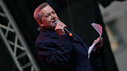 Seine für Juni geplanten Konzerte muss Roland Kaiser verschieben (mia/spot)
