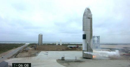 Ein Starship-Testfahrzeug nach der Rückkehr von einem Flugtest.