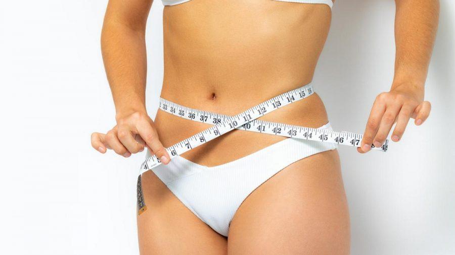 Flacher Bauch, aber ohne Sixpack? Die französische Workout-Methode Belly Sculpting kann helfen. (ncz/spot)