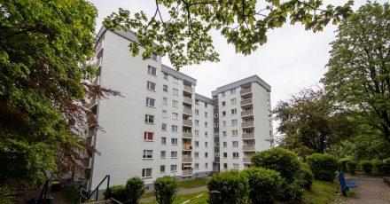 Zwei Hochhäuser in Velberet sind abgesperrt und fast 200 Bewohner seit Sonntag unter Quarantäne gestellt.