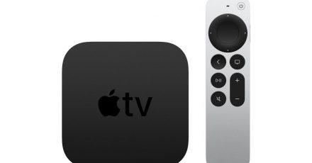 Apple TV 4K in der sechsten Generation: An der schwarzen Box ändert sich optisch nichts, dafür ist die Fernbedienung neu.
