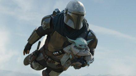 "Das neue Traumduo aus dem ""Star Wars""-Universum: Din Djarin alias ""The Mandalorian"" und Grogu alias ""Baby Yoda"" (stk/spot)"