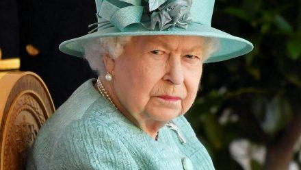 Die Queen bei einem öffentlichen Auftritt vor Schloss Windsor (hub/spot)