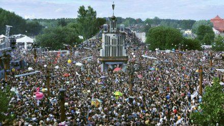 Das Fusion Festival lockt für gewöhnlich rund 70.000 Besucher an. (jom/spot)