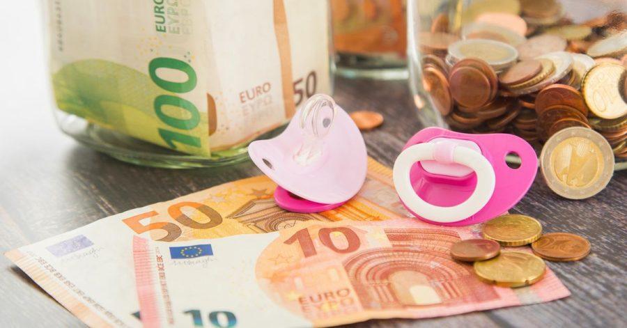 Familien bekommen auch in diesem Jahr einen Kinderbonus. Ausgezahlt wird das Geld im Mai.