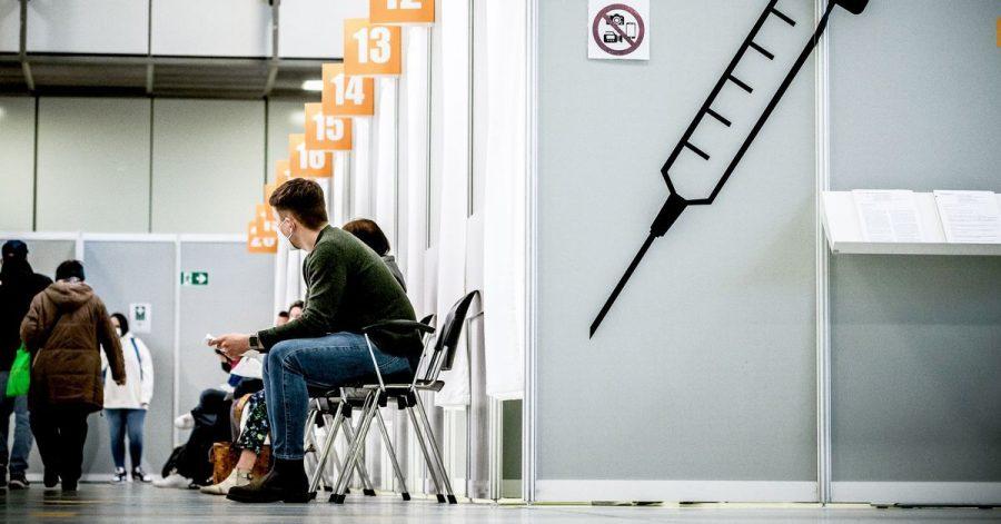 Arbeitgeber dürften sich wohl großzügig zeigen, wenn Beschäftigte ihren Impftermin während der Arbeitszeit wahrnehmen wollen.