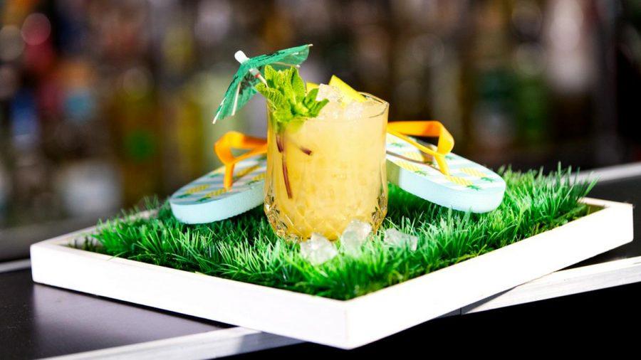 """Cocktails wie der """"Mai Tai"""" erfreuen sich auch im Corona-Lockdown großer Beliebtheit. (amw/spot)"""