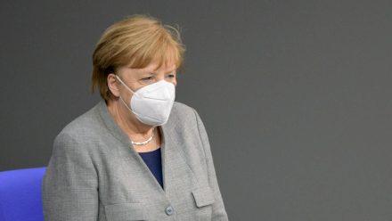 Bundeskanzlerin Angela Merkel will in Zukunft weniger reisen. (tae/spot)