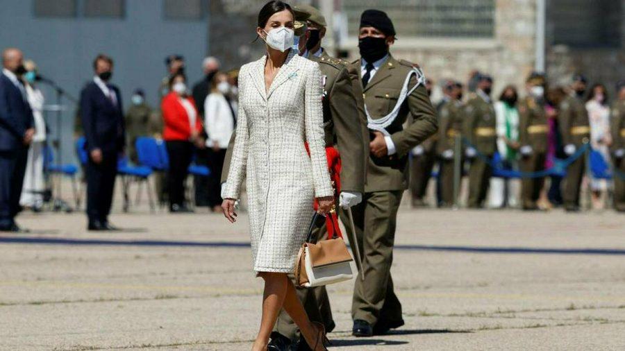 Königin Letizia bei ihrem jüngsten Auftritt im Tweed-Kleid. (jom/spot)