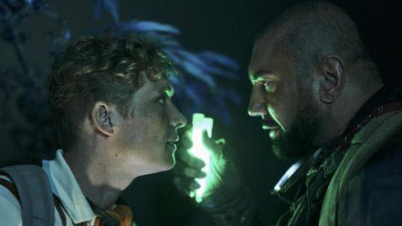 """Dave Bautista (r.) und Matthias Schweighöfer in """"Army of the Dead"""" (stk/spot)"""