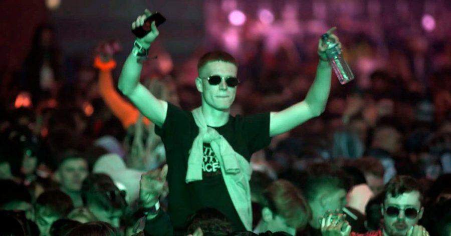 Partymachen als Pilotprojekt: Interessierte aus der Region konnten sich für die Club-Abende in Liverpool bewerben - jeweils 3000 Glückliche pro Abend dürfen ohne Maske und Abstand feiern.