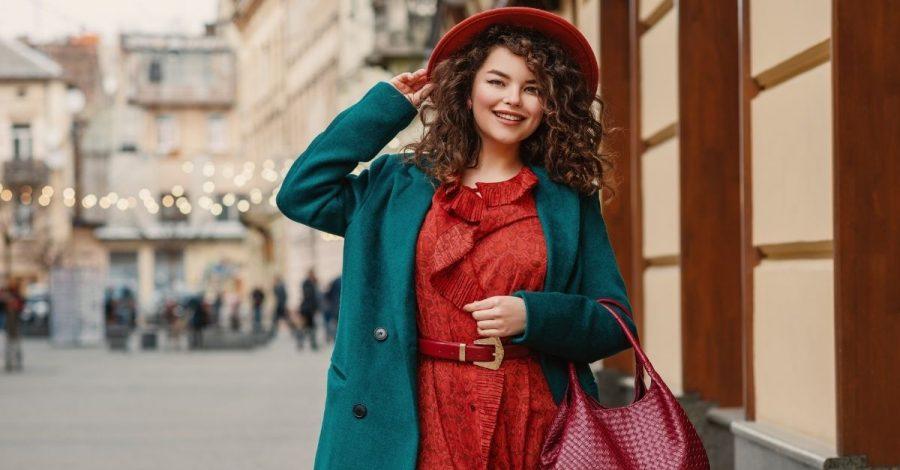 Tiktokerin zeigt, wie Trend-Outfits an kurvigen Frauen aussehen