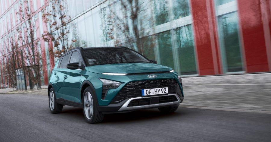 Kleinwagen mit SUV-Ambitionen: Hyundai verwandelt den i20 in einen höhergelegten Stadtflitzer und nennt ihn Bayon.