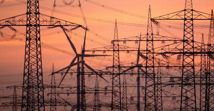 Energiepreise ändern sich regelmäßig. Verbraucher bleiben mit kurzen Vertragslaufzeiten daher flexibel.