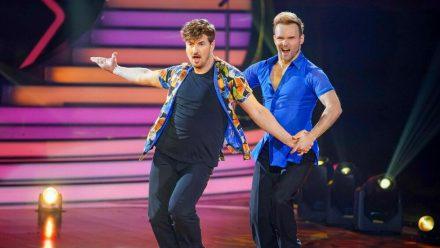 """Nicolas Puschmann (l.) und Vadim Garbuzov sind in der neuen Folge von """"Let's Dance"""" ausgeschieden (wue/spot)"""