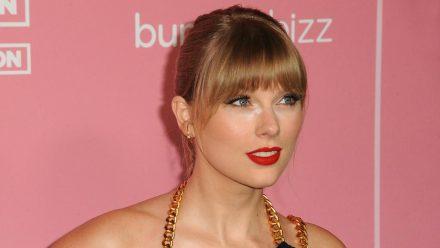 """Taylor Swift ist nicht nur die erste Frau, sondern auch die erste Nicht-Britin, die den """"Global Icon""""-Award bei den Brit Awards verliehen bekommt. (aha/spot)"""