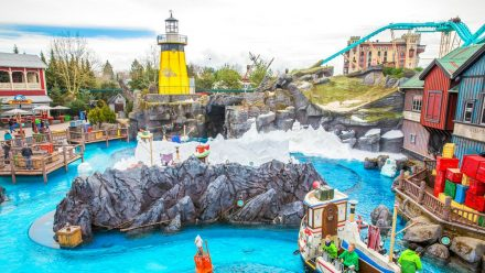 Die Achterbahn Poseidon im Europa-Park wartet auf Besucher. (kms/spot)