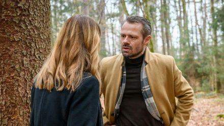 """""""Sturm der Liebe"""": Als Erik Ariane eifersüchtig zur Rede stellt, macht sie ihm ein Geständnis (cg/spot)"""