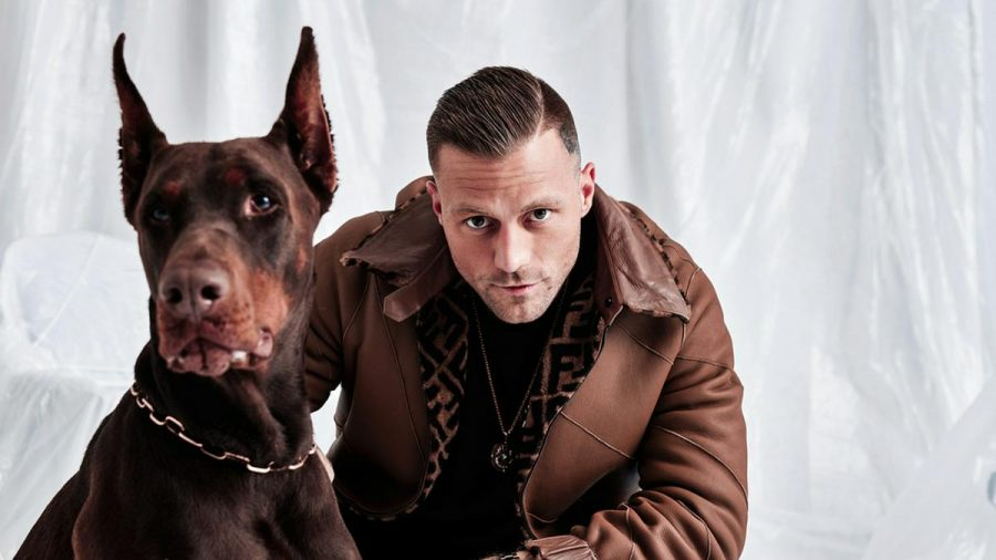 """Kontra K veröffentlicht mit """"Aus dem Licht in den Schatten zurück"""" sein zehntes Album. (amw/spot)"""