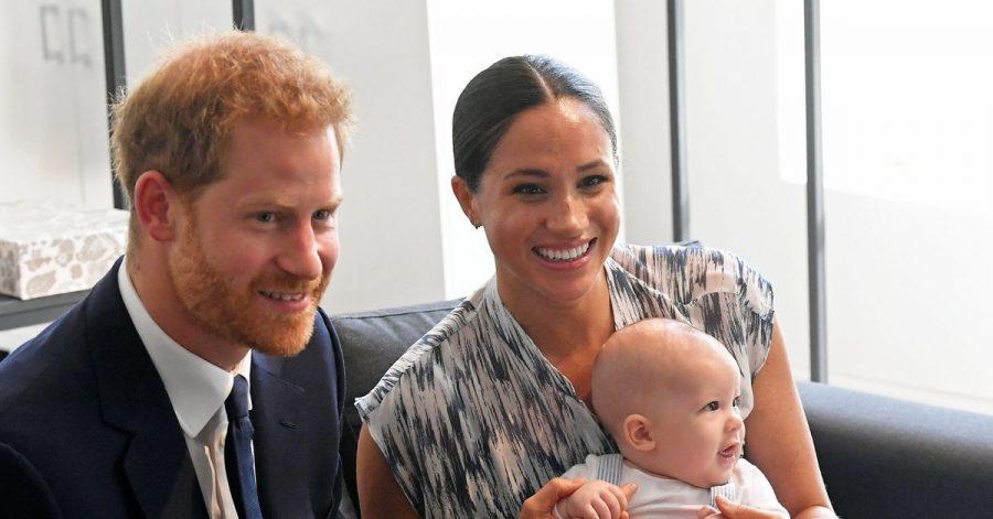 Der kleine Archie mit seinen stolzen und glücklichen Eltern.