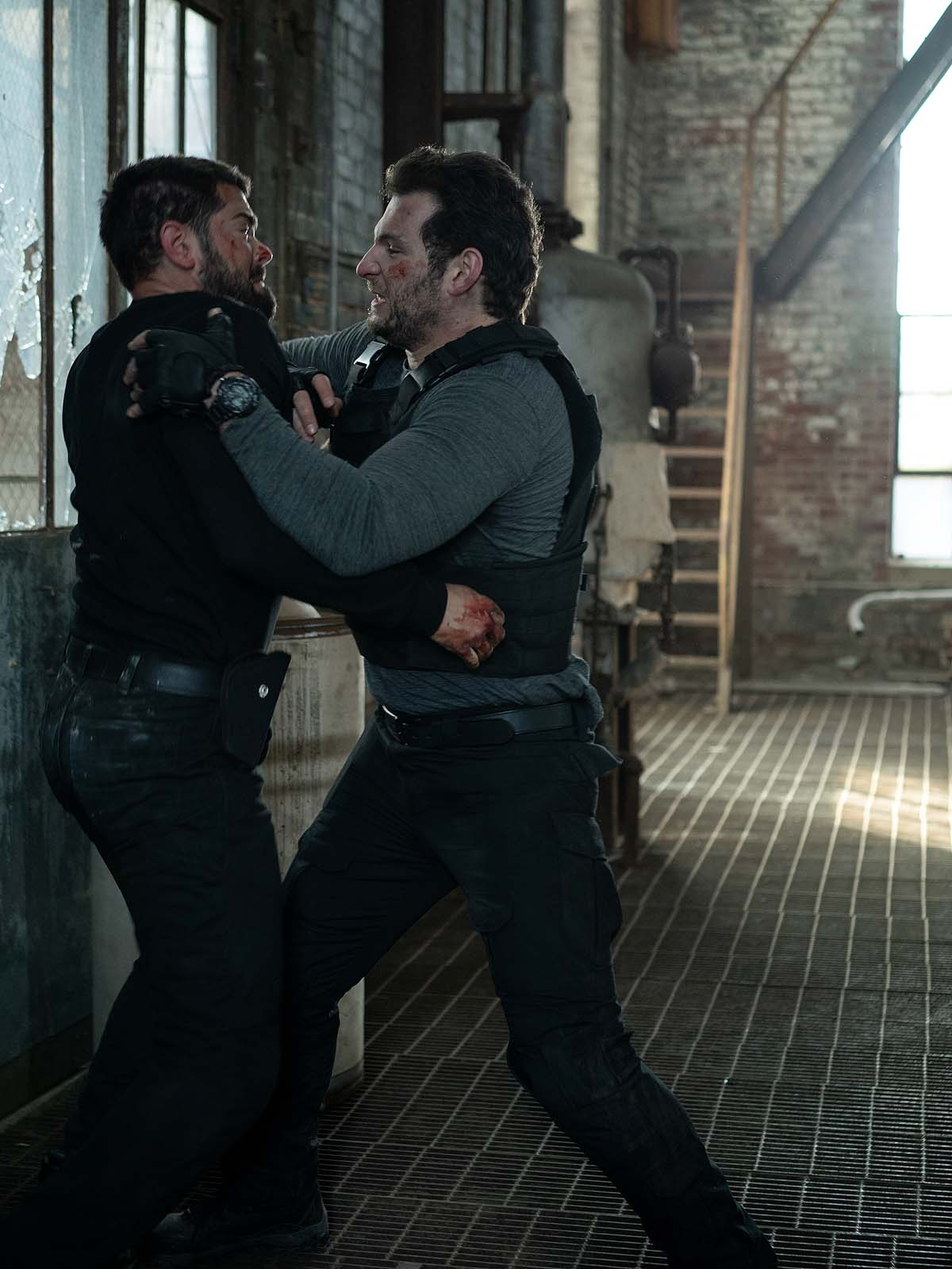"""Verlosung: """"Hard To Kill"""" mit Bruce Willis und Jesse Metcalf"""