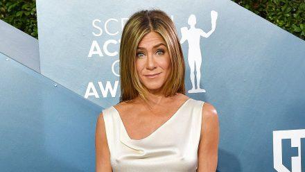 Jennifer Aniston hat Kleid geklaut und trägt das Diebesgut immer noch