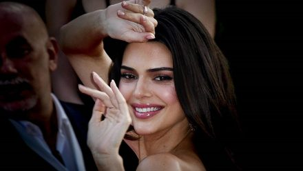 Kendall Jenner hasst ihre Social Media-Sucht