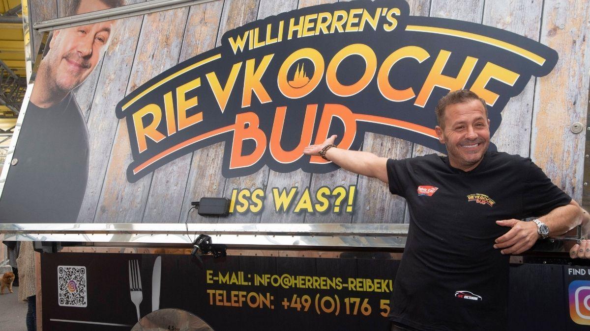 Willi Herren: Schock! Reibekuchen-Foodtruck ausgebrannt