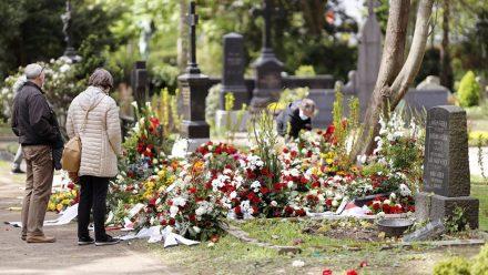 Willi Herren: Ärger um entfernten Grabschmuck entfernt