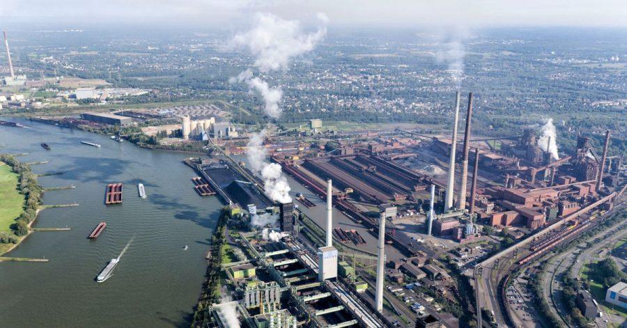 Die Kokerei Schwelgern von ThyssenKrupp am Rhein