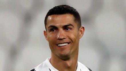 Mit seinen 36 Jahren ist noch lange nicht Schluss: Cristiano Ronaldo feiert einen Erfolg nach dem anderen. (tae/spot)