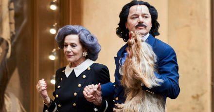 «Mama» Else Moshammer (Hannelore Elsner) und «Rudi» Rudolph Moshammer (Thomas Schmauser).