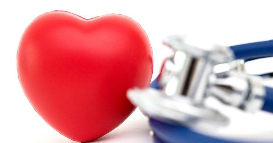 Aus Isreal wird von seltenen Fällen einer Herzmuskelentzündung in Verbindung mit einer der Corona-Impfung berichtet. Doch für Kinder mit Vorerkrankung ist das Risiko für Covid-19-Komplikationen wohl höher.