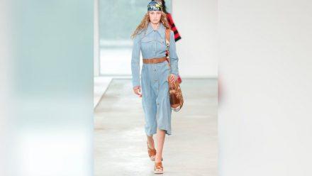 Auch in den Sommerkollektionen von Michael Kors sind trendige Hemdblusenkleider zu finden. (eee/spot)